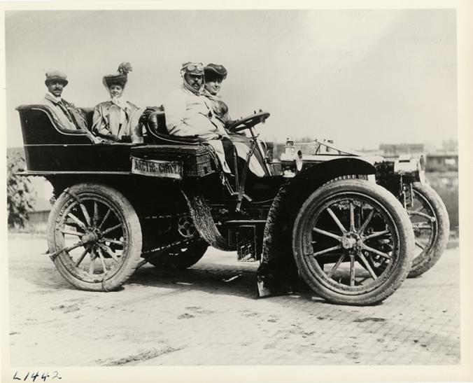 1904-glidden-tour-detroit-public-library